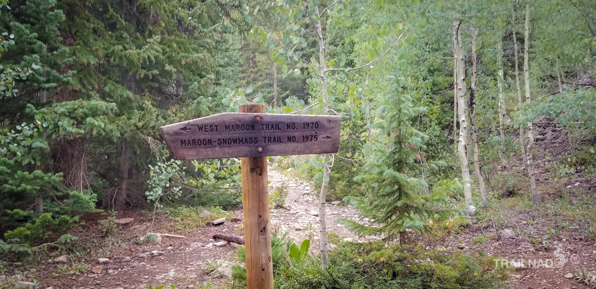 Trail Sign at the split where four pass loop start
